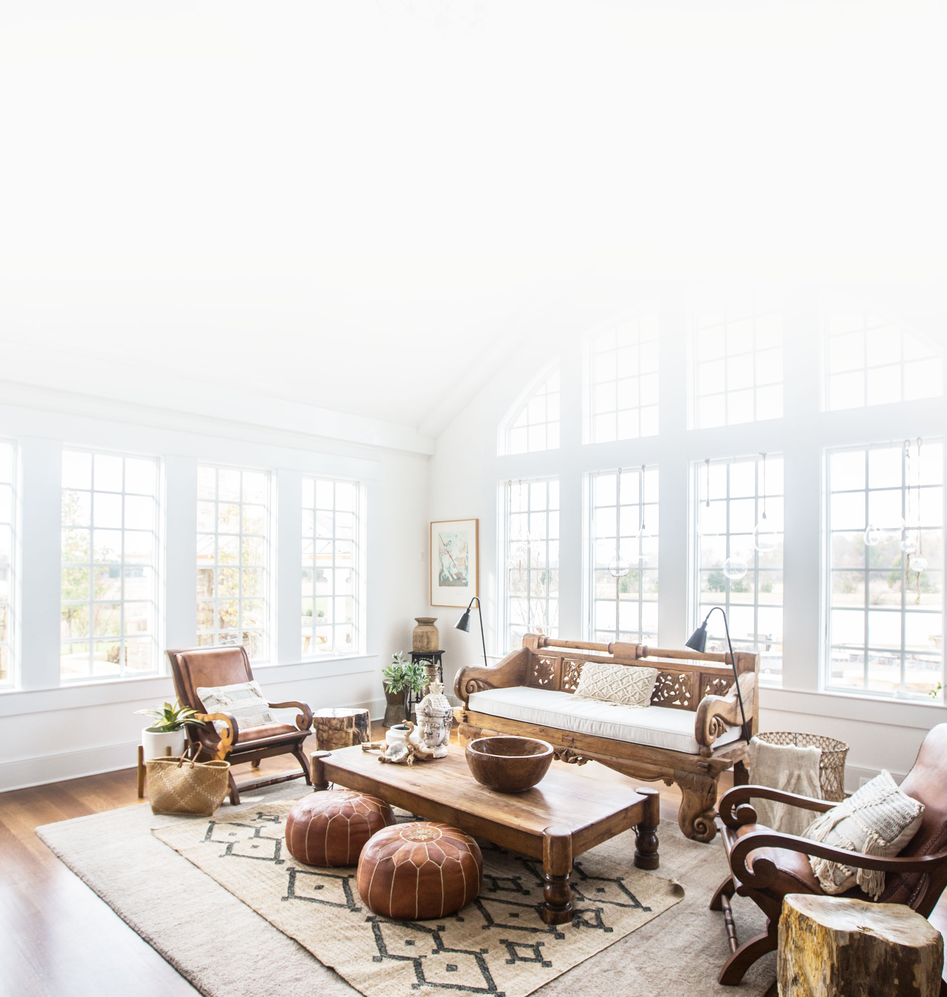 Commercial Photography & Videography, stretch livingroom image for mobile background