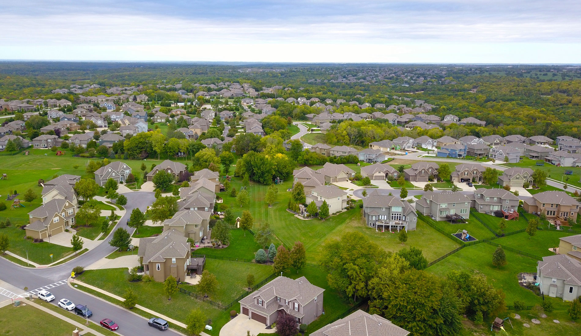 Real Estate Videography & Drone Video, aerial shot of neighborhood